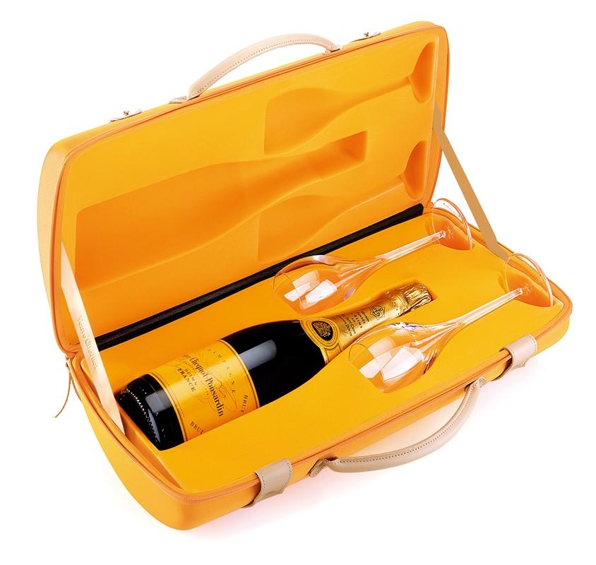 champagne-veuve-clicquot-brut-carte-jaune-traveller-box